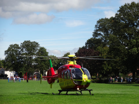 Vantage Point Products HD Images of Hampshire and IOW Air Ambulance Eastleigh Playing Field Landing