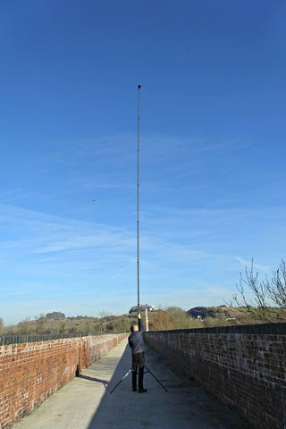 40FT TELESCOPIC 3K CARBON FIBRE PHOTOGRAPHY AND VIDEO MAST AND TRIPOD - COMPACT, OSMO OR DSLR