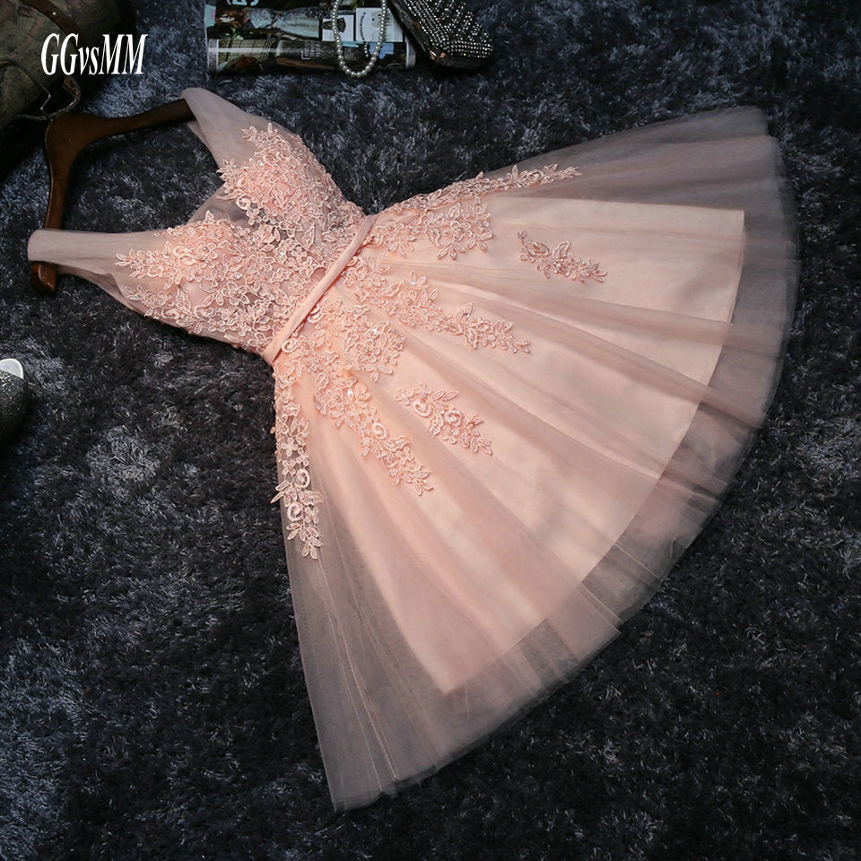 Elegant Pearl Pink Prom Dresses 2020 Sexy Prom Dress Short V Neck Appliques Beading Lace Up Knee-Length Graduation Party Gowns