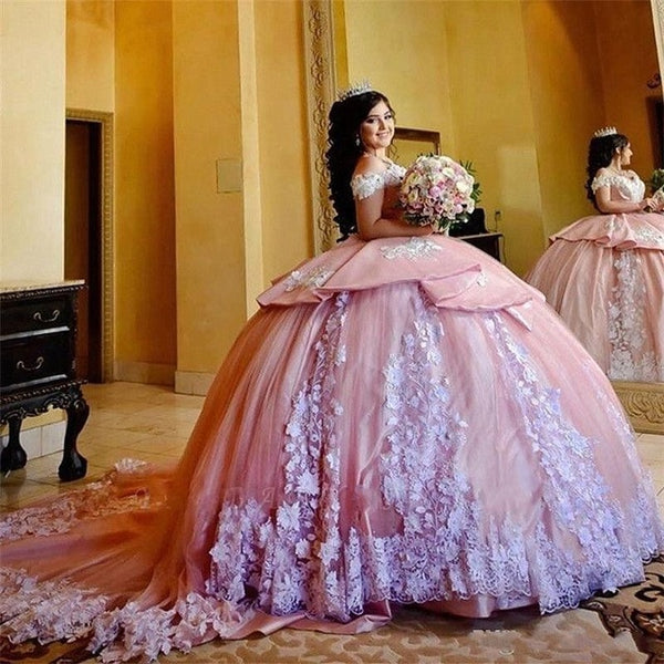 Gorgeous Sweet 16 Pink Quinceanera Dresses With White Applique Sheer Neck Ball Gown Prom Dress Tulle Tiered Masquerade Gowns
