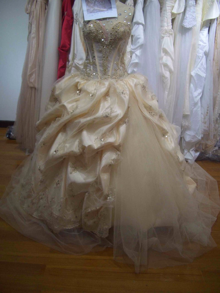 Bealegantom 2019 Ball Gown Quinceanera Dresses Beaded Crystals Sweet 16 Dress Lace Up For 15 Years Vestidos De 15 Anos QA1227