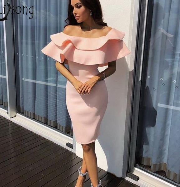 Hot Sale Sheath Short Prom Dresses Off the Shoulder Ruched Ruffles Knee Length Cheap Cocktail Dresses Stretchy Short Party Gown