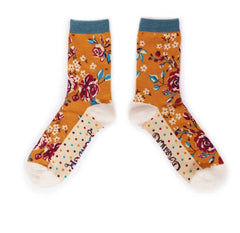 Rosebud ankle socks
