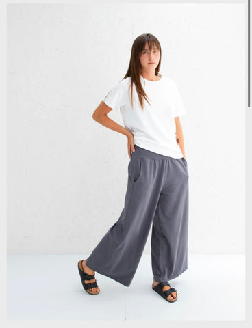 Luna Pants in Charcoal