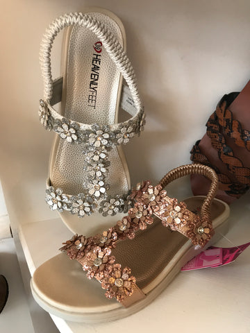Heavenly daisy sandal 2019