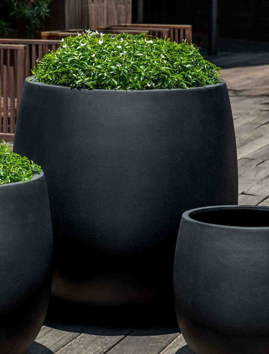 Large Guilford Planter  in Onyx Black Lite