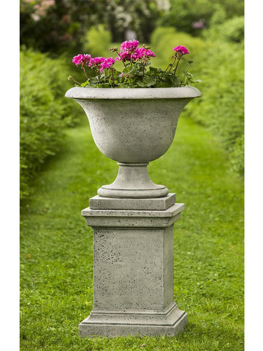 Fairfield Urn with Pedestal