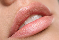 Microdermabrasion for chapped lips