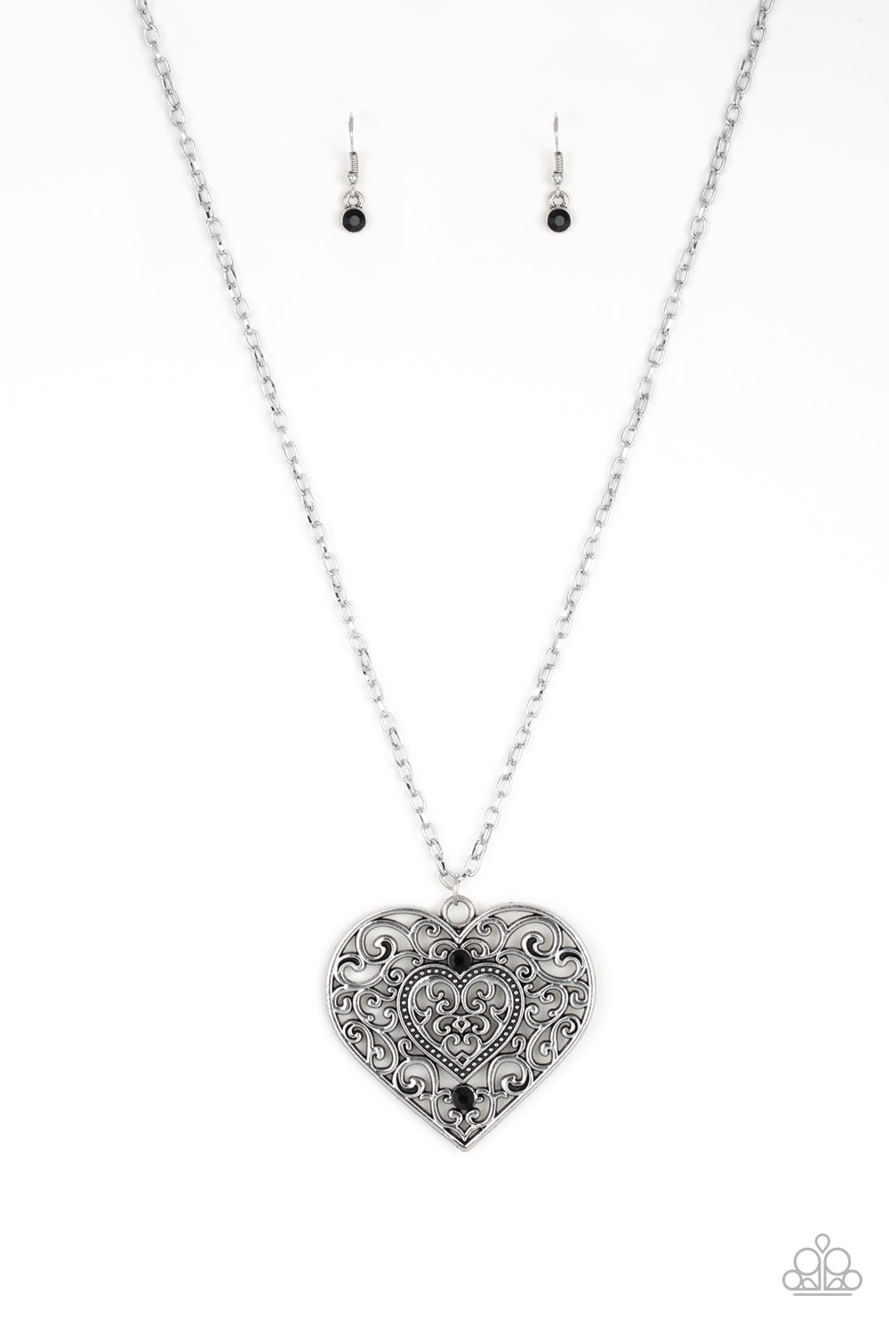 Classic Casanova Necklace