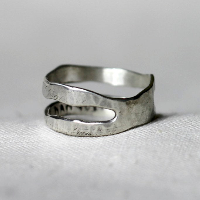 TWO RIVERS Ring