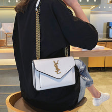 Load image into Gallery viewer, Small women's bag 2019 new fashion chain small square bag Korean shoulder bag wild messenger high-quality female bag