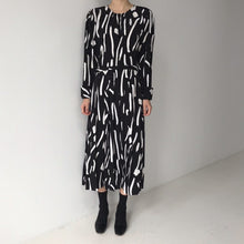 Load image into Gallery viewer, vintage style 2020 new Spring Summer Printing  Dress  Midi Dress