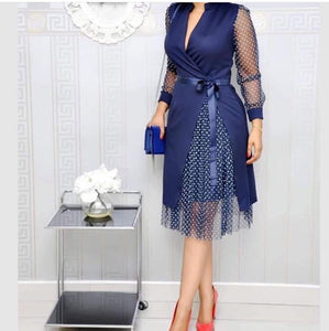 V-neck long-sleeved pullover tight-fitting lace dress