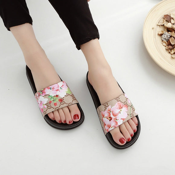Women Slippers Summer Soft Footwear Fashion Female water Shoes Slides Outdoor