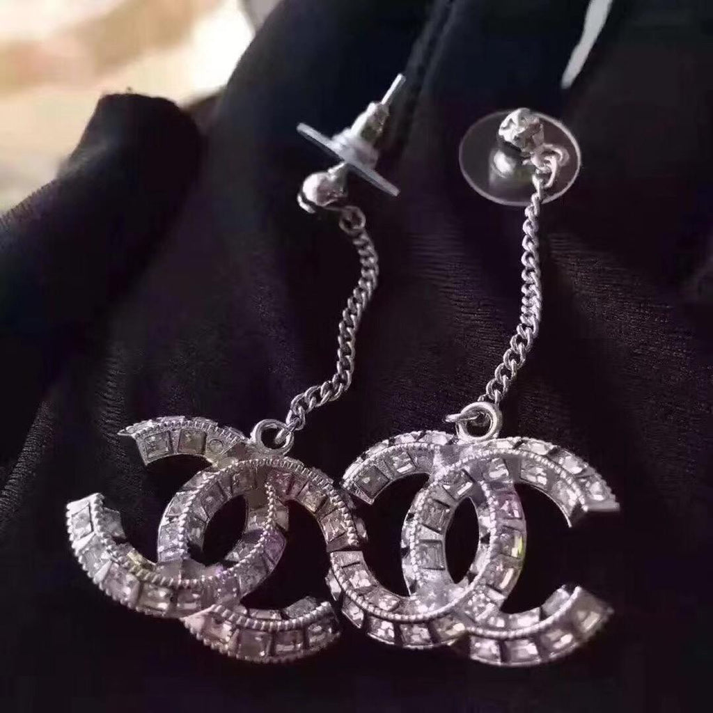 Luxury Quality Drop Earrings with diamonds Fashion metal Letter