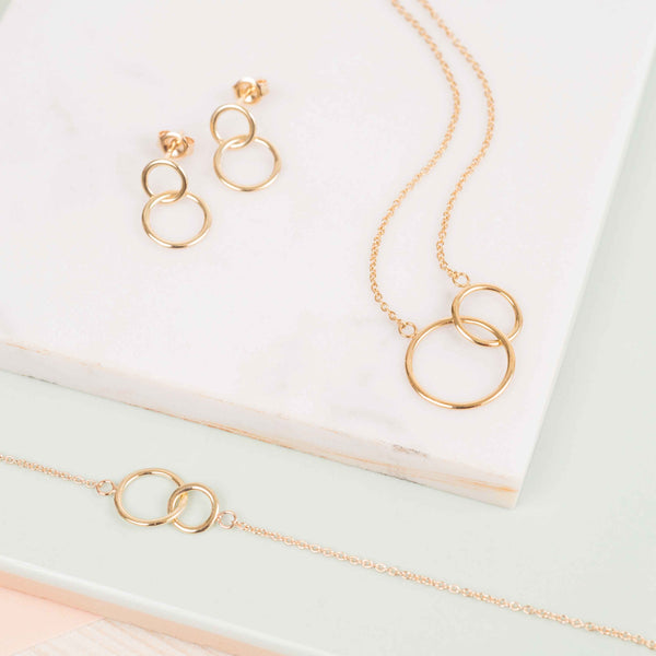 The Kelso 9ct Gold Interlinking Rings Collection