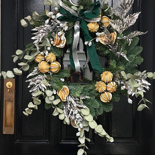 london-mummy-christmas-wreath