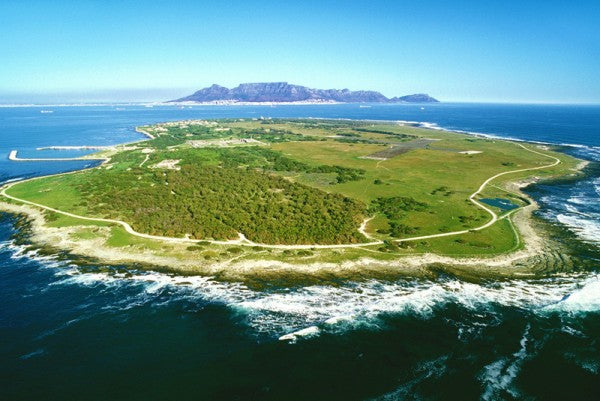 sport-cape-town-helicopters-tours-robben-island-1