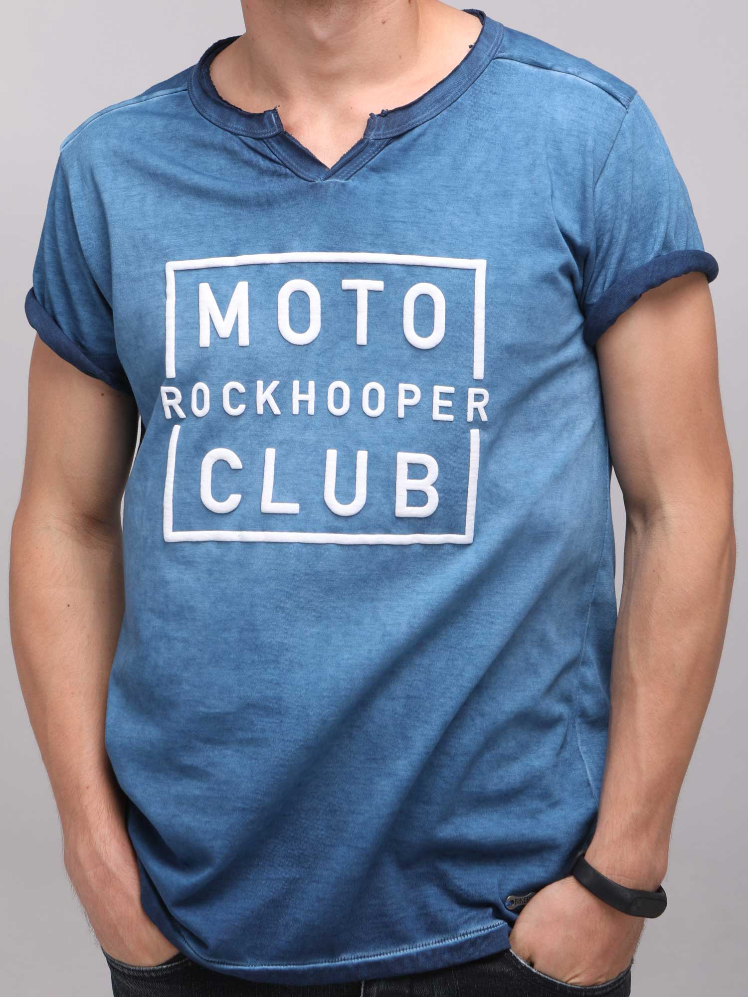 Rock Hooper Men's Half Sleeve Cotton Blue Round Neck  T-Shirt