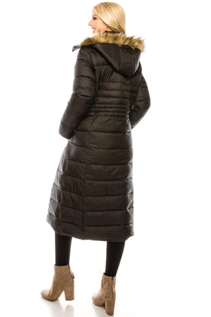 DAILYHAUTE Women's coats Haute Edition Women's Maxi Length Quilted Puffer with Fur Lined Hood
