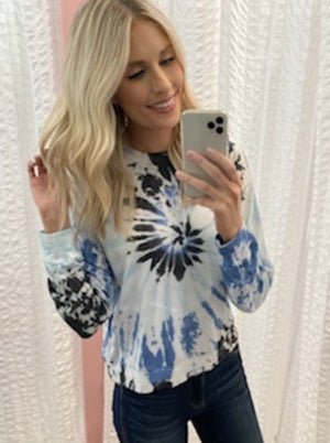 blue tie dye top lounge set