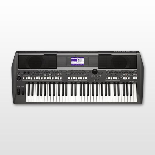YAMAHA PSR-S670 Portable Keyboard
