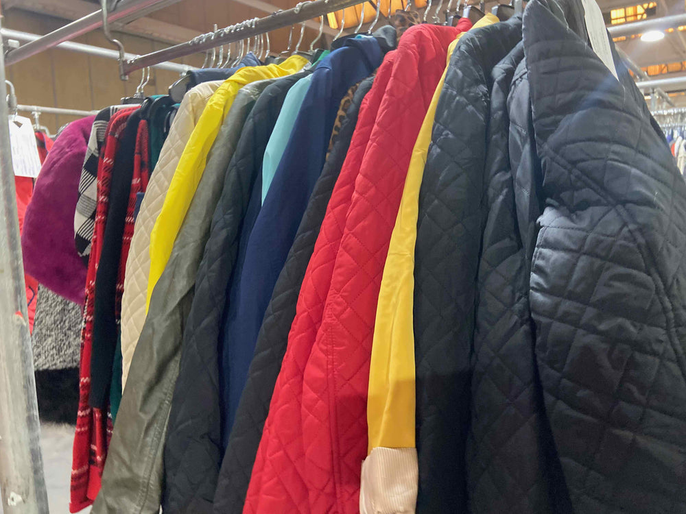 Load image into Gallery viewer, MACY'S JACKETS | Women's NWT/NWOT | 30 pieces - JOMAR WHOLESALE
