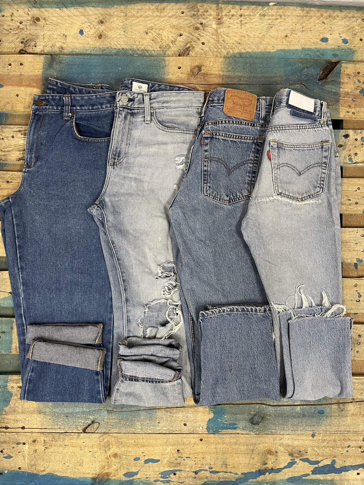 Load image into Gallery viewer, DENIM REHAB | Women's Damaged Jeans | 20 pairs - JOMAR WHOLESALE