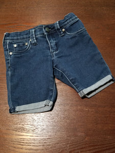 Tractor denim shorts size 6