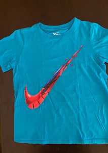 The Nike Tee size S (8/10)
