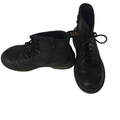 Shoes Doc Martins Size 1