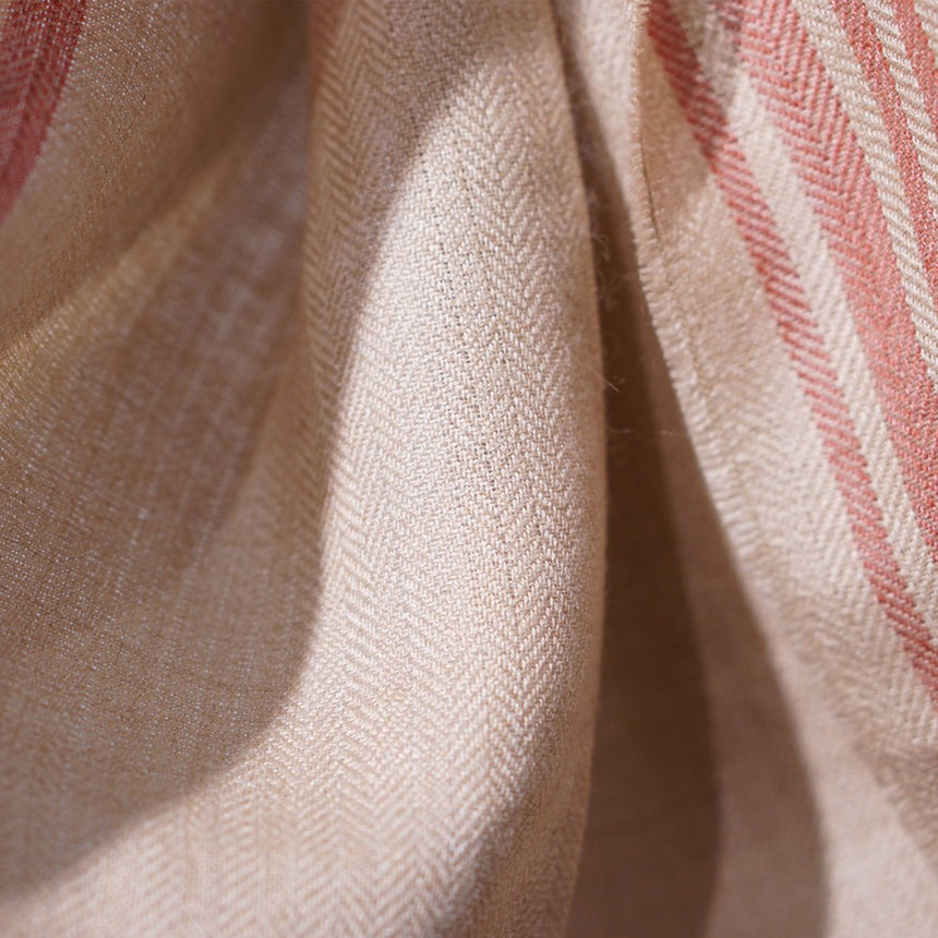 The Inoue Brothers Natural Dyed Scarf Beige / Cochinilla