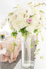 Centerpieces (weddings and events)