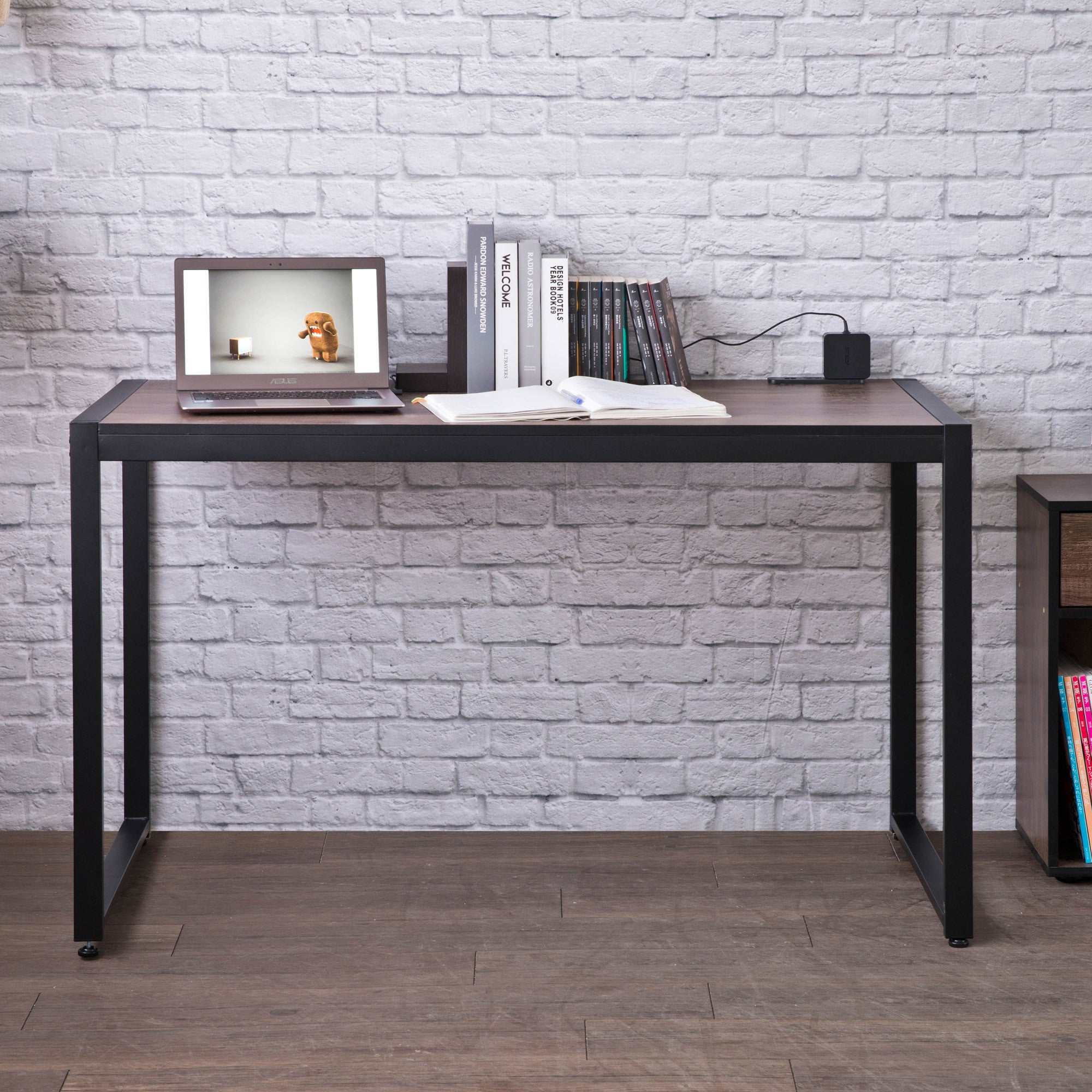 DIY Industrial Style Desk with 2 Power Socket & 2 USB Ports,Black Sand