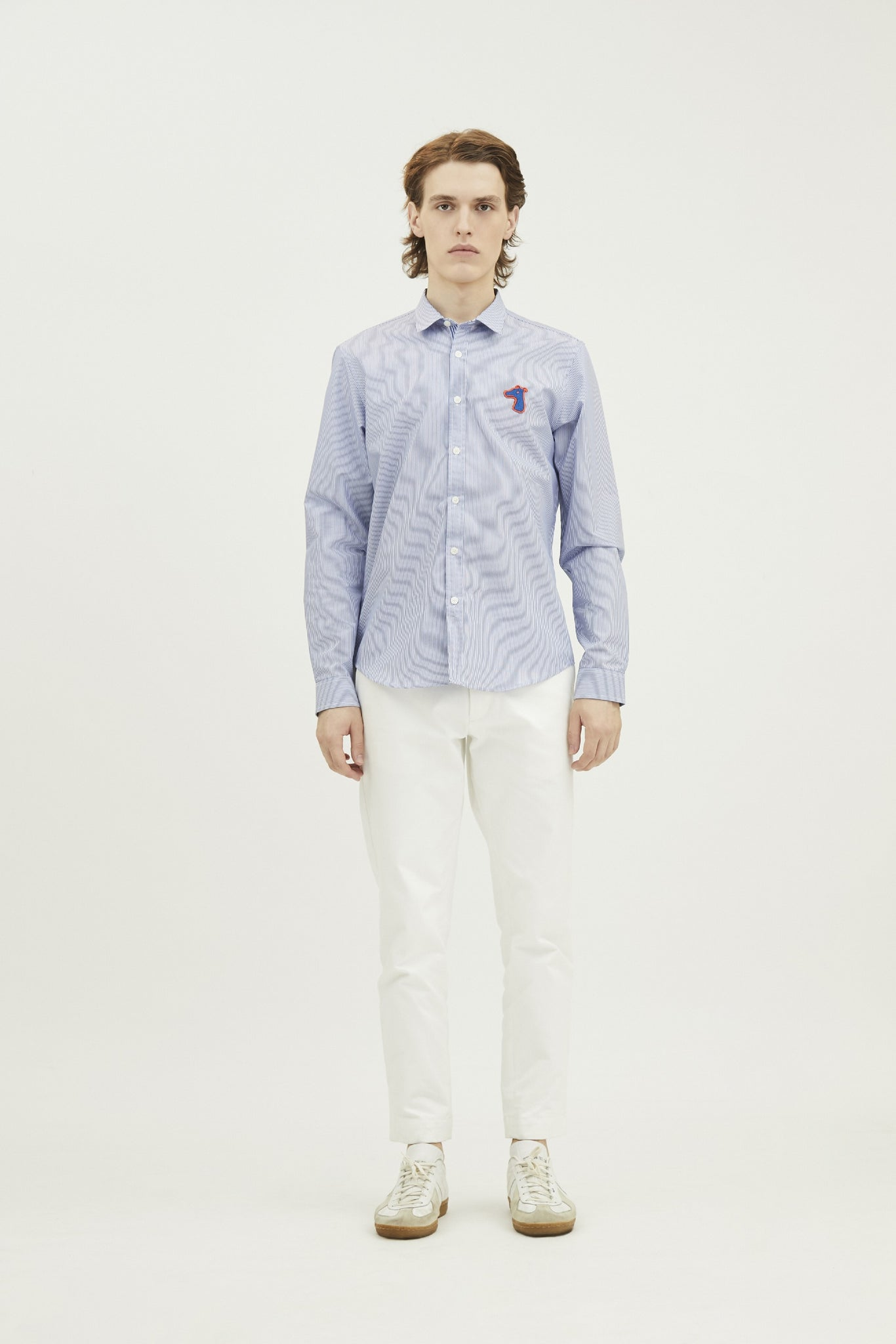 Load image into Gallery viewer, POPLIN SLIM SHIRT WITH LOGO EMBROIDED (S20MD01123NB1A)