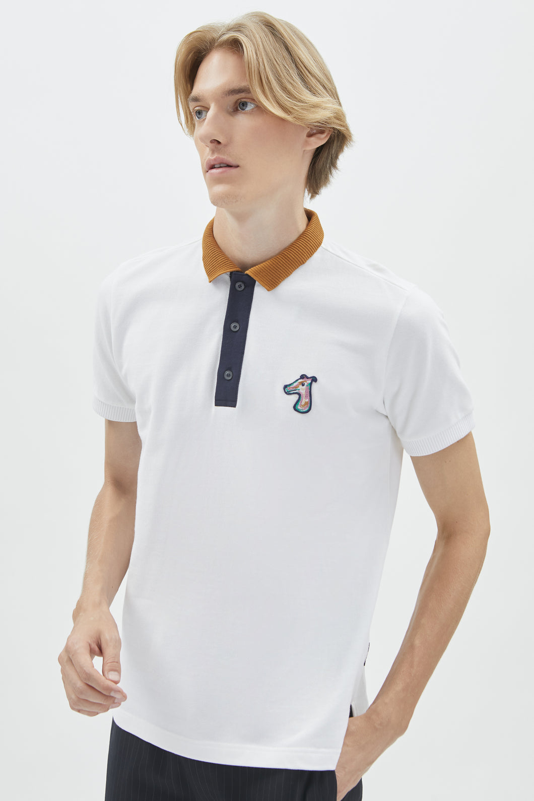 COSTRAST COLLAR PIQUE POLO SHIRT  WITH LOGO EMBROIDED