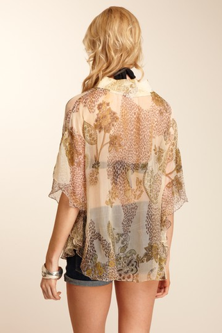 products/Giada_1-_Cream_Paisley_-_Back_View.png