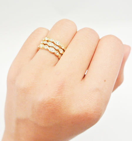 Vintage Scallop Textured Ring Set