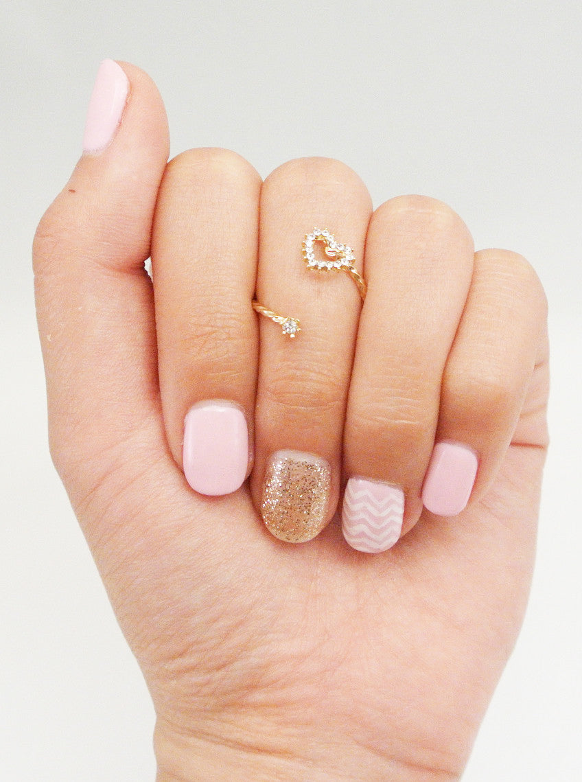 Twisted Crystal Heart Midi Ring