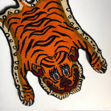 Load image into Gallery viewer, Tibetan Tiger Rugs