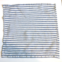 Load image into Gallery viewer, Blue and White striped napkins