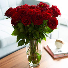 Load image into Gallery viewer, Red Romantic Long Stem Roses