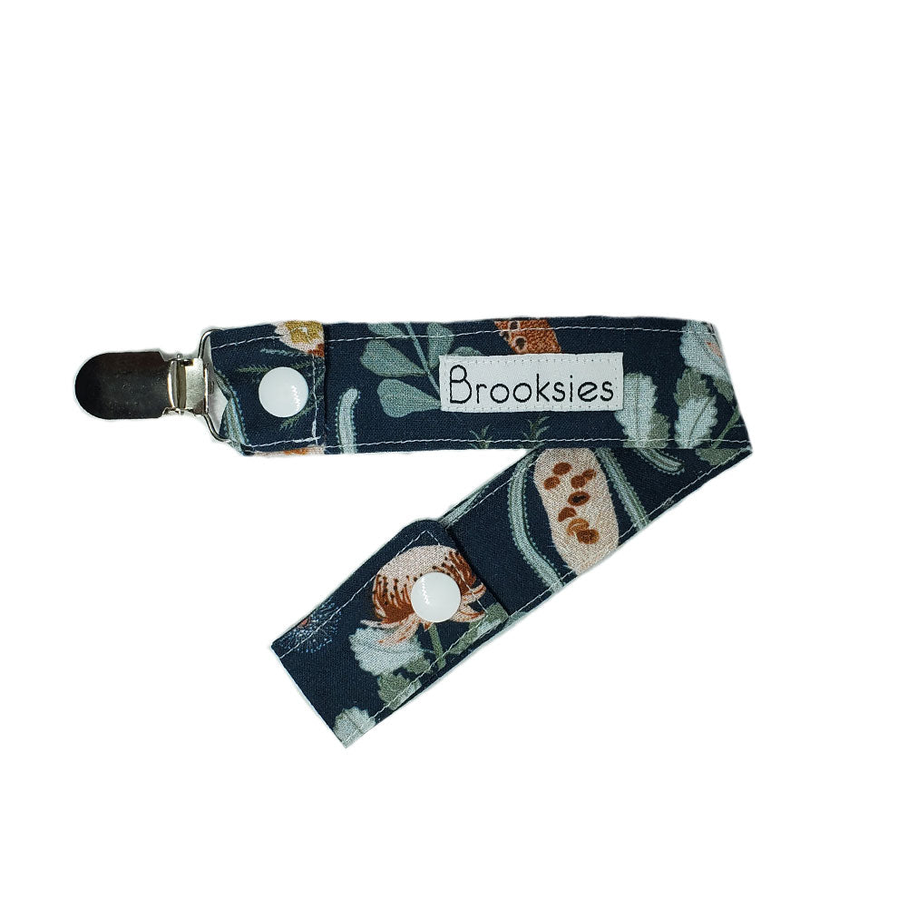 Brooksies Dummy Clip Betty