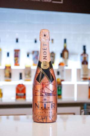 Moet & Chandon Nectar Imperial Rose Night Version - 750ml