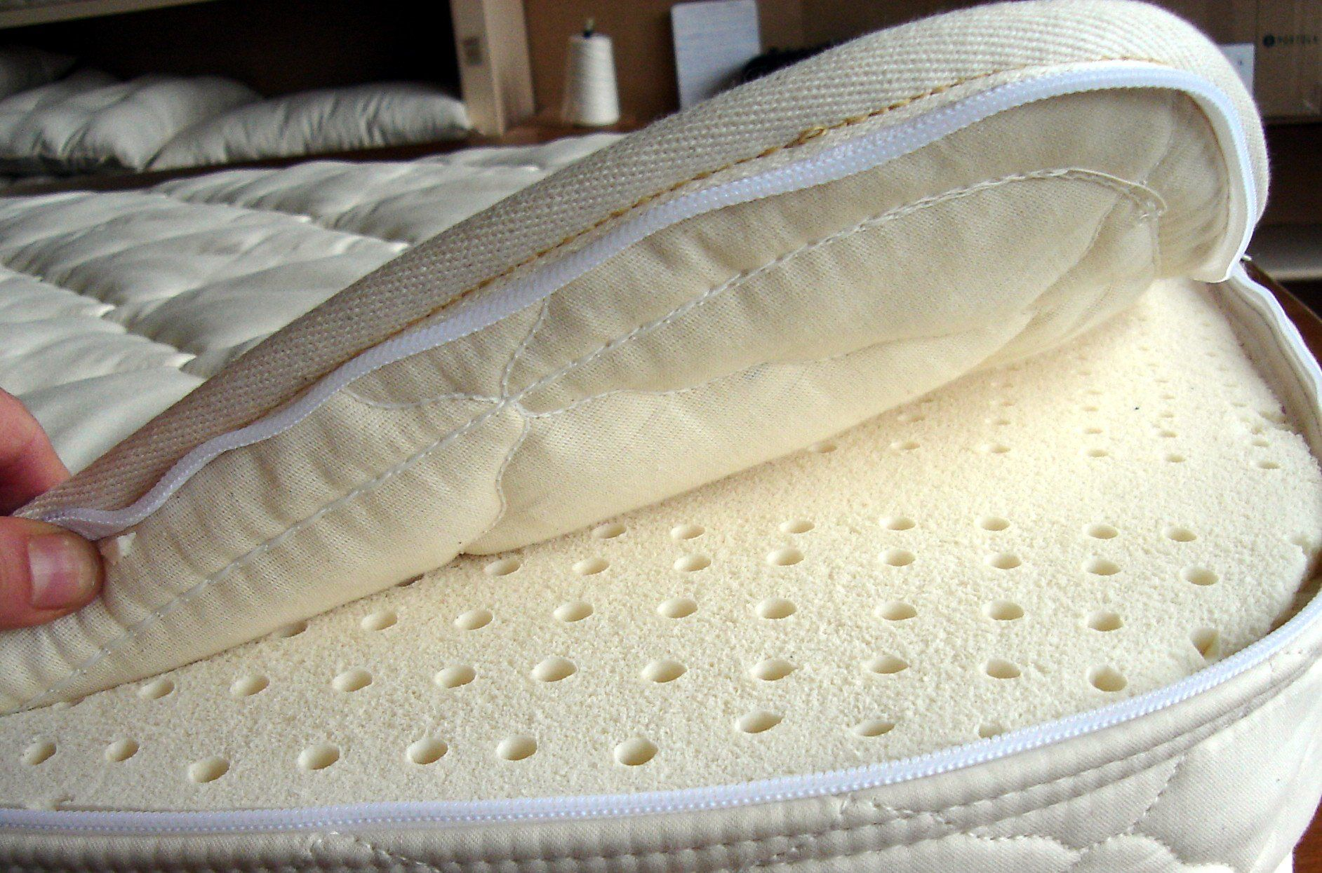 Holy Lamb Organics Latex Crib Mattress