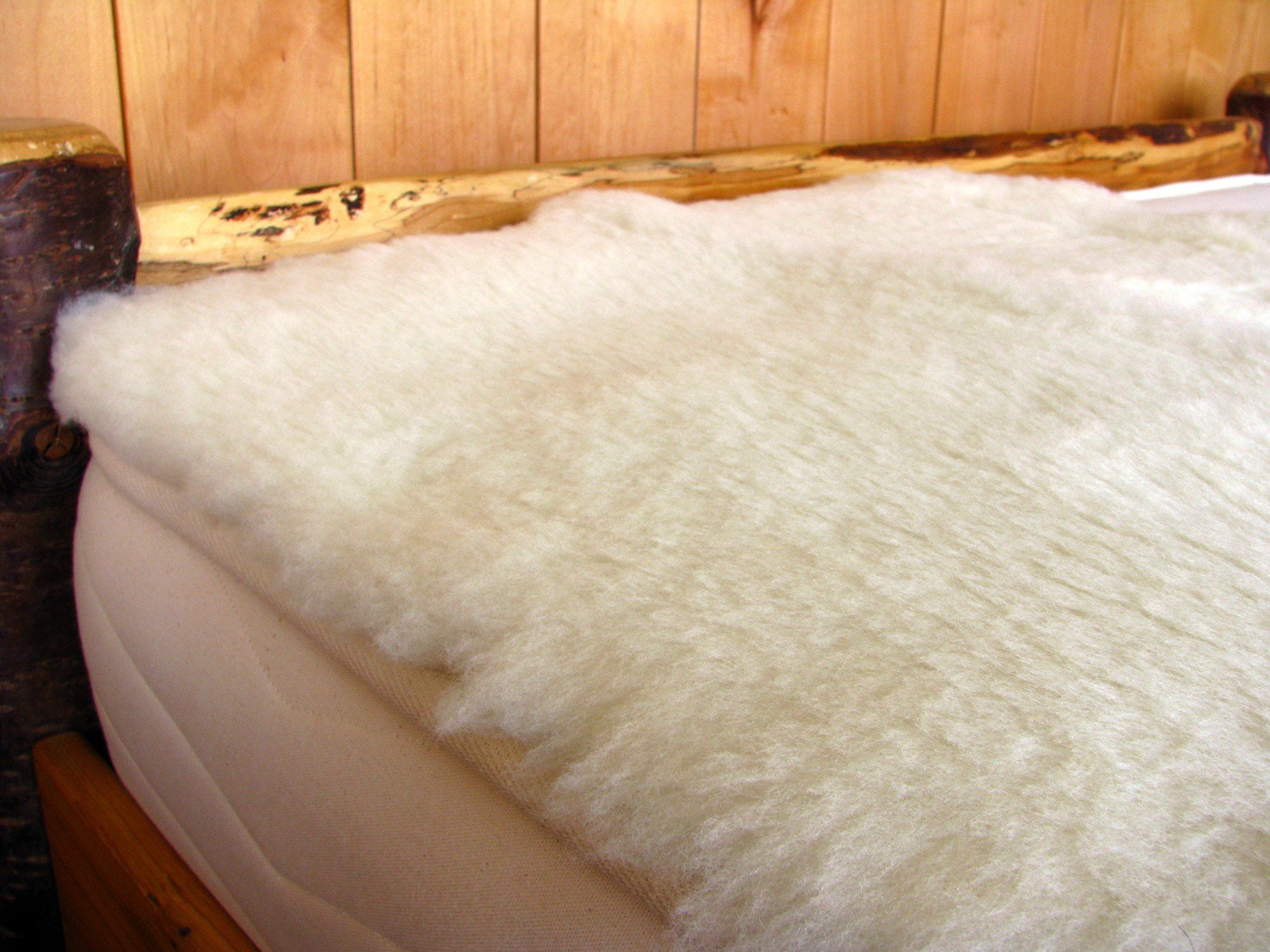Natural Happy Lamb Fleece Holy Lamb Organics