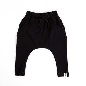 HAREM PANTS - BLACK RIBBED