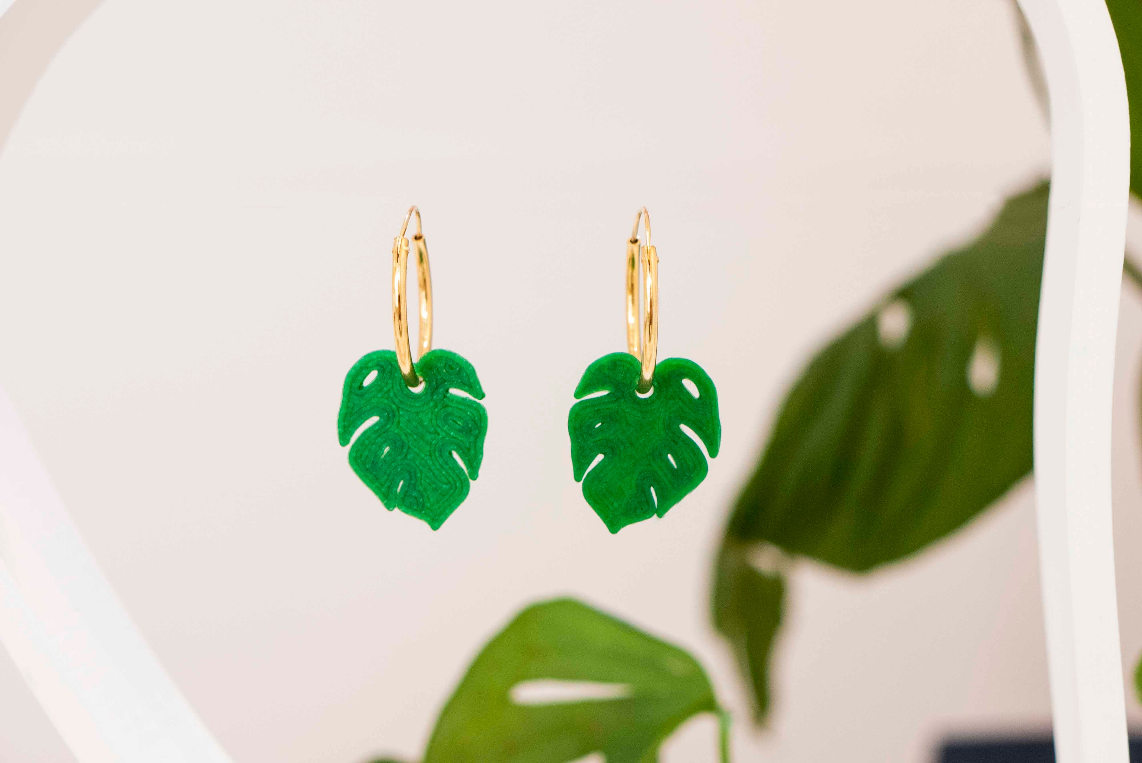 Pendientes Call me gold Monstera