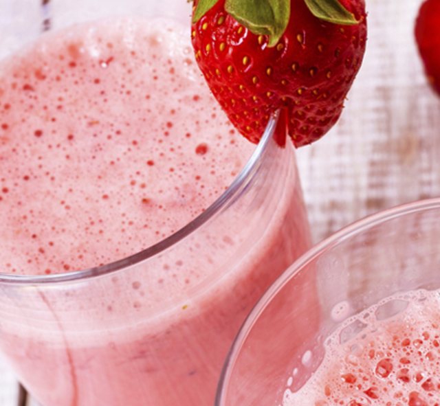 Muscletech Strawberry Protein Shake