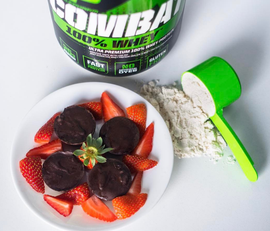 MusclePharm Strawberry Chocolate Protein Bites
